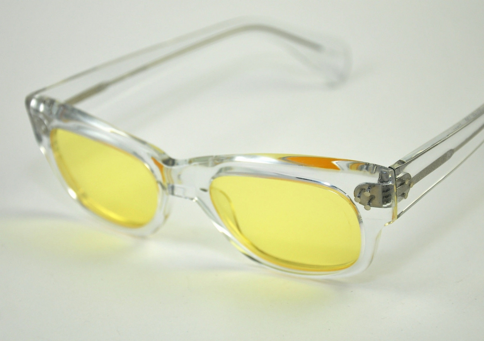 OLIVER PEOPLES TYCOON CRY